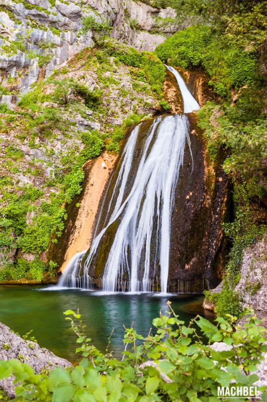 cascada-del-rio-mundo-provincia-de-albacete-lugares-para-visitar-castilla-la-mancha-by-machbel